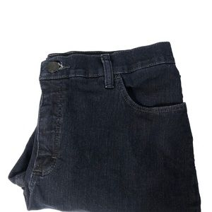 Lee Classic Fit Straight Leg Jeans